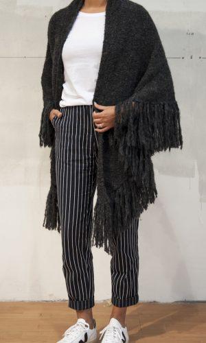 stola_triangulo_inti_knitwear