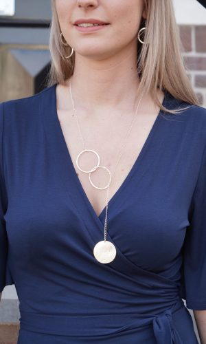 disc-necklace-silver-peopletree