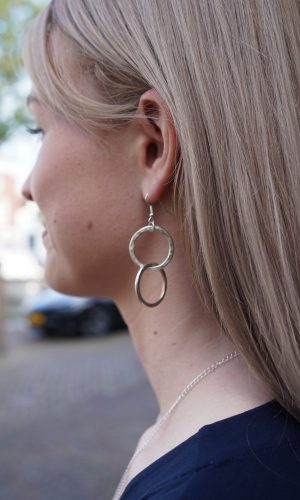 double-circle-earrings-people-tree