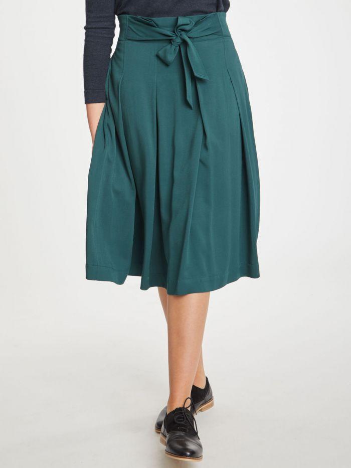 kalmara-skirt-green-thought-clothing