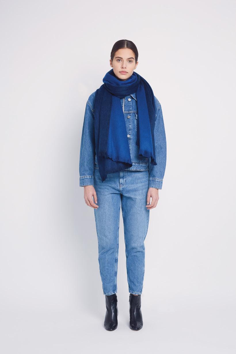alpaca-loca-sjaal-koningsblauw-kobalt-alpaca-2