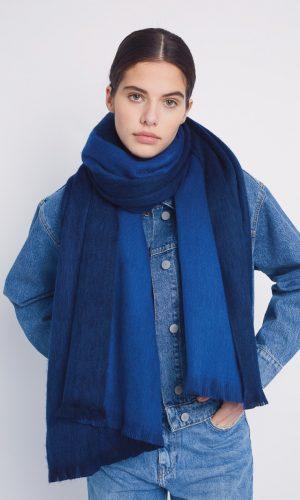alpaca-loca-sjaal-koningsblauw-kobalt-alpaca-wol