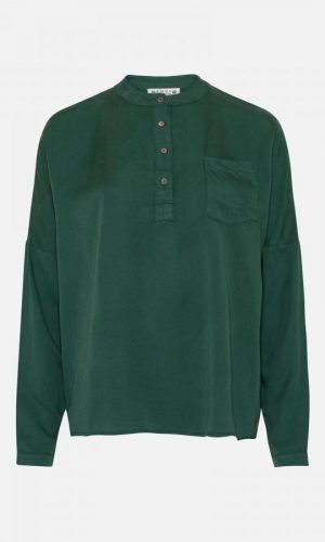 AMOV_Cille_tencel_blouse_bottle_green