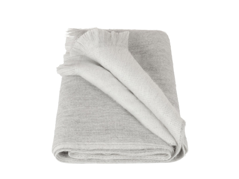 sjaal-lichtgrijs-wit-alpaca-wol (1)