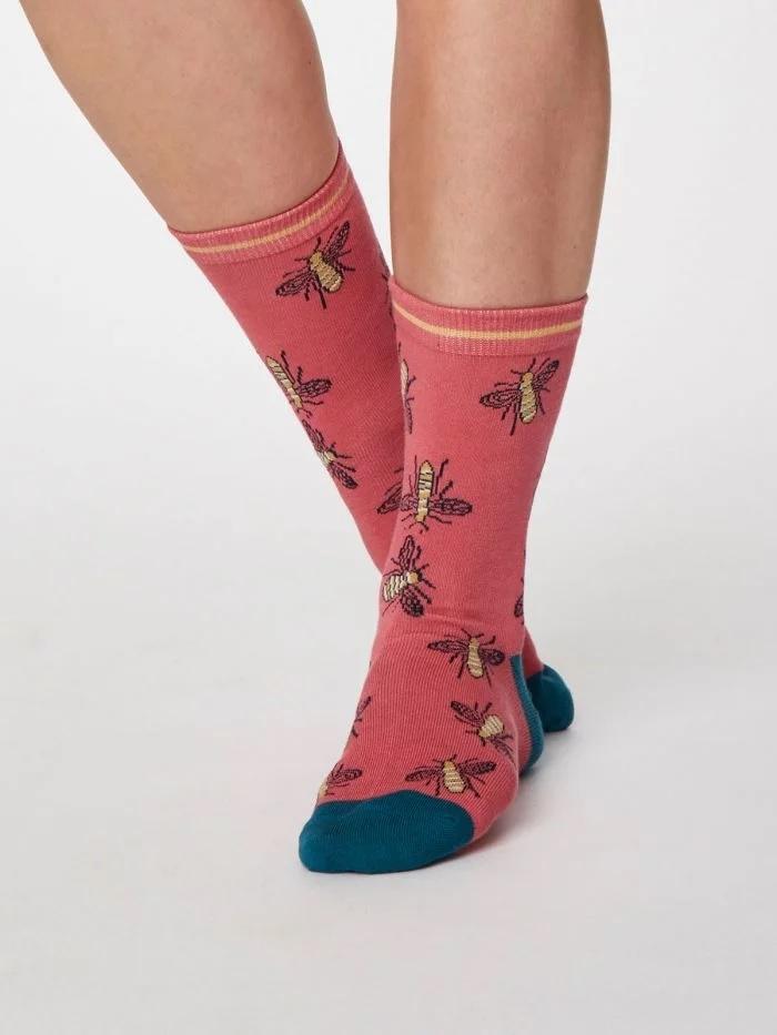 thought-clothing-Insetta-sokken-rose-bamboe-biologisch-katoen-1