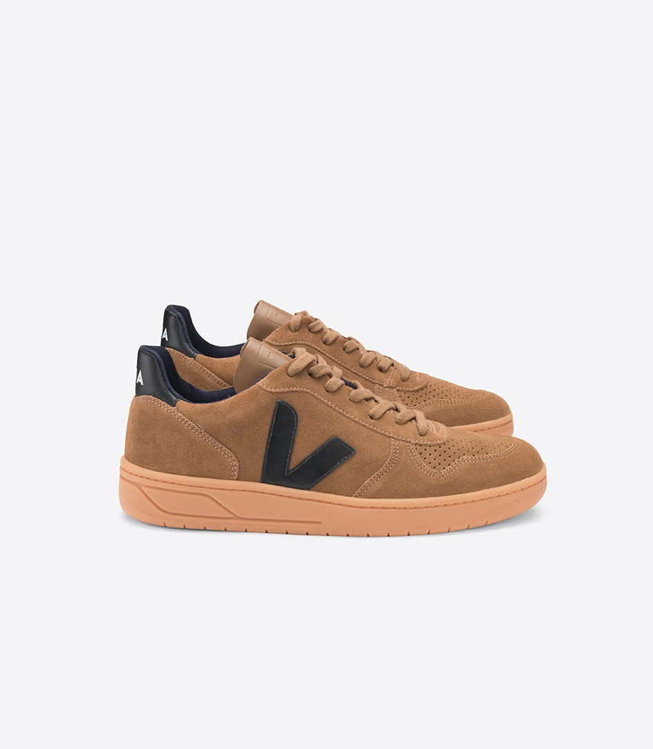 veja-v-10-suede-brown-black-gum-sole