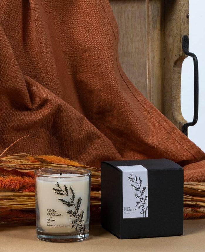 brandt-kaarsen-ceder-kruidnagel-winterkaars-brandt