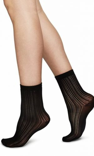 swedish-stockings-klara-socks-zwart