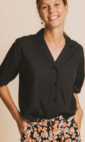 thinking-mu-lomami-blouse-zwart-biologisch-katoen
