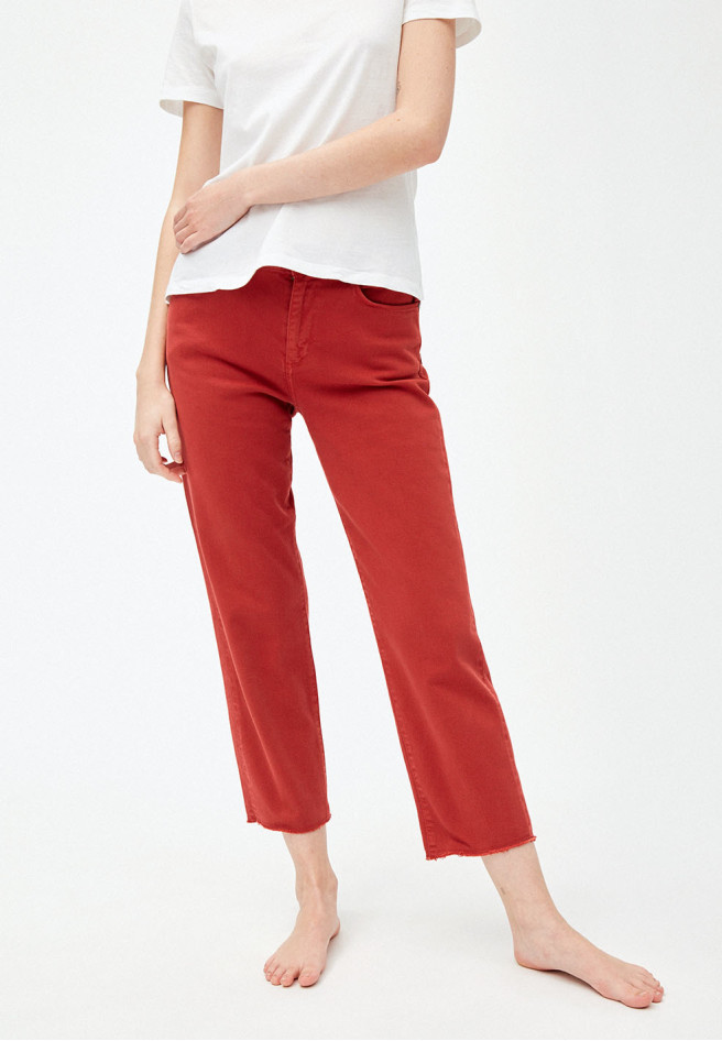 armedangels_fjella_cropped_chili_red_2