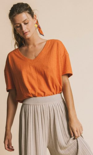 thinking-mu-chloe-t-shirt-terracotta-hennep