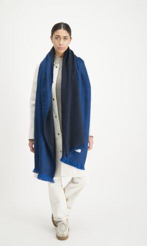 alpaca-loca-sjaal-azuur-blauw-koningsblauw-alpaca-wol