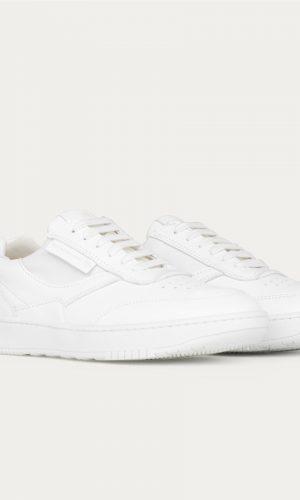 be-flamboyant-ux-68-white-sneakers