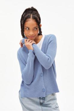 armedangels-aariena-cardigan-foggy-blue-biologisch-katoen