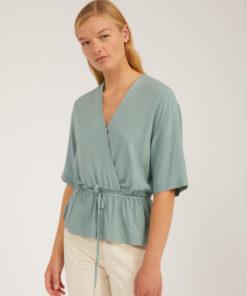 armedangels-yrsaa-blouse-eucalyptus-groen-ecovero