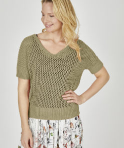 eve-in-paradise-cora-pullover