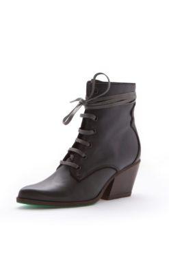 a-perfect-jane-lot-boots-vegan-leer
