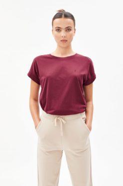 armedangels-idaa-logo-t-shirt-ruby-red