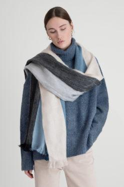 alpaca-loca-sjaal-striped-alpaca-wol