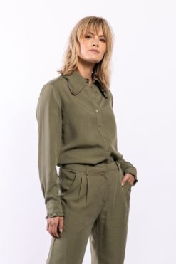 elements-of-freedom-juul-blouse-army-green-ecovero